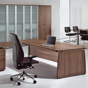 מנהלים דגם סטודיו copy - שולחנות משרדיים שולחן משרדי