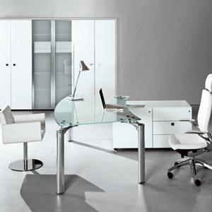 מנהלים דגם MUST copy - שולחנות משרדיים שולחן משרדי