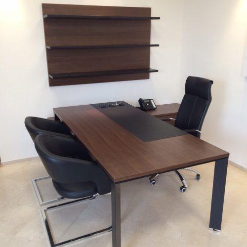 פורניר 500x500 - שולחנות משרדיים שולחן משרדי