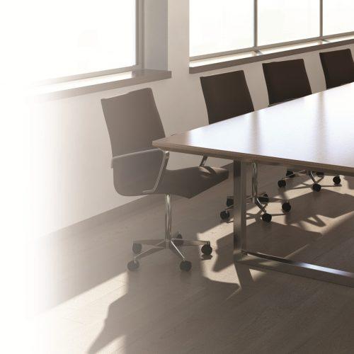 רגלי חלון 500x500 - שולחנות משרדיים שולחן משרדי